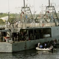 KRI Kakap 811 Tangkap Kapal Filipina Tanpa Dokumen Resmi